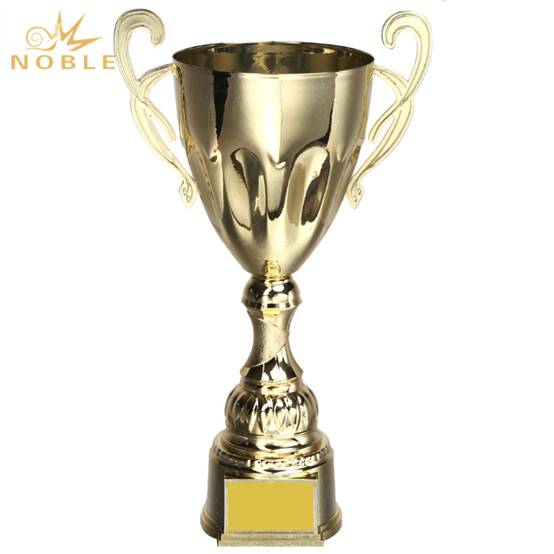 New Design Custom Champion Metal Cup Trophy