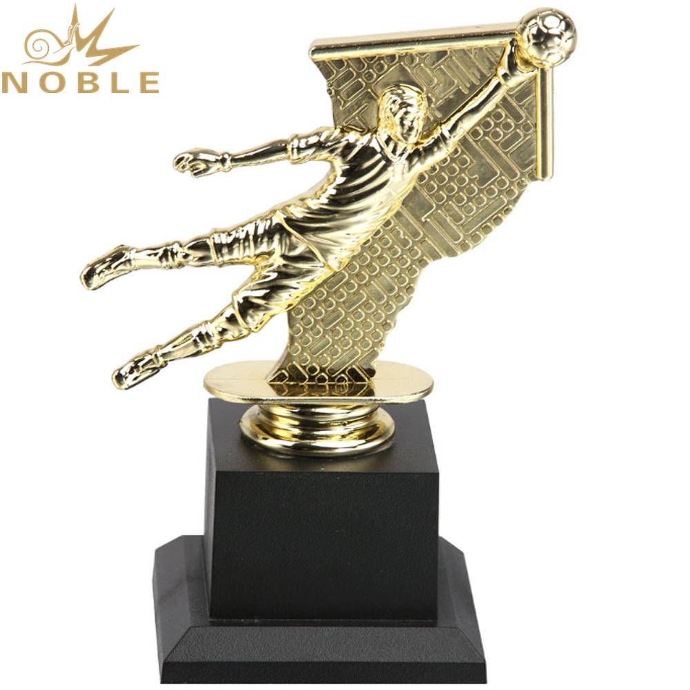 New Design Plastic Player Figurine Award Custom Sports Football Trophy