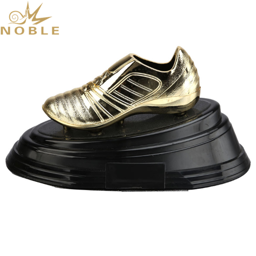 New Design Custom Logo Plastic Gold Shoes Award