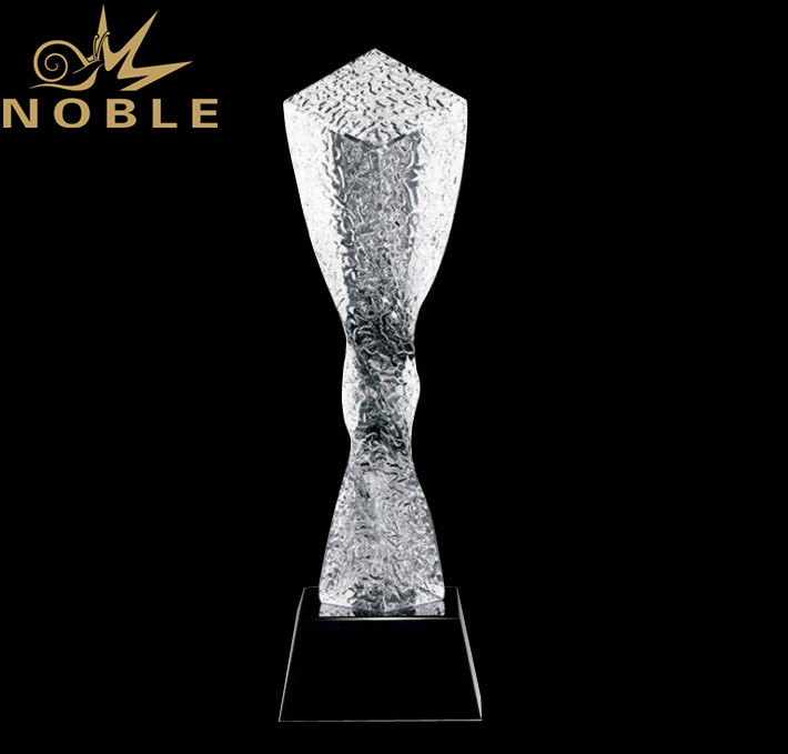 High Quality New Design Twisted Colorful Crystal Column Award Trophy