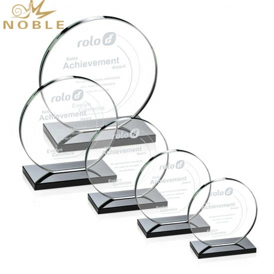 High Quality Creative Custom Round Crystal Trophy Award