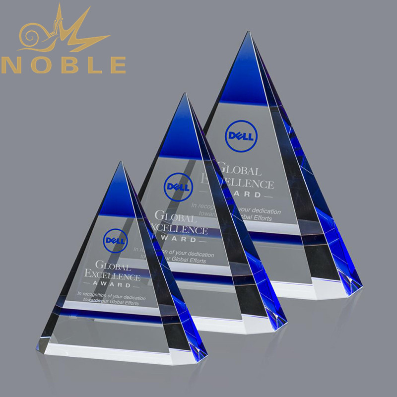 2020 New Design Albright Blue Crystal Pyramid Award