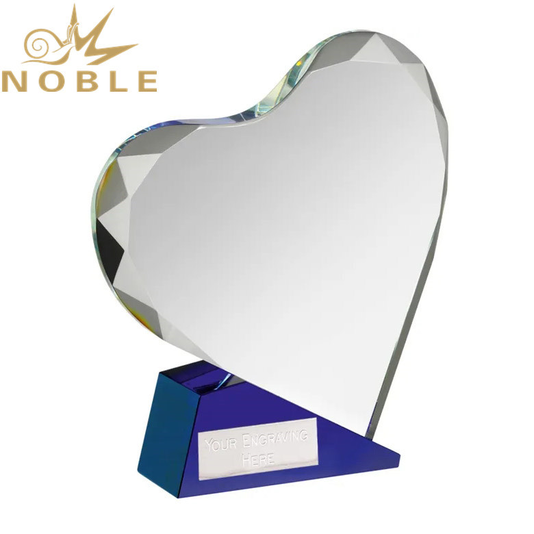 Custom Engraving Clear Optical Crystal Heart Award on Blue Base
