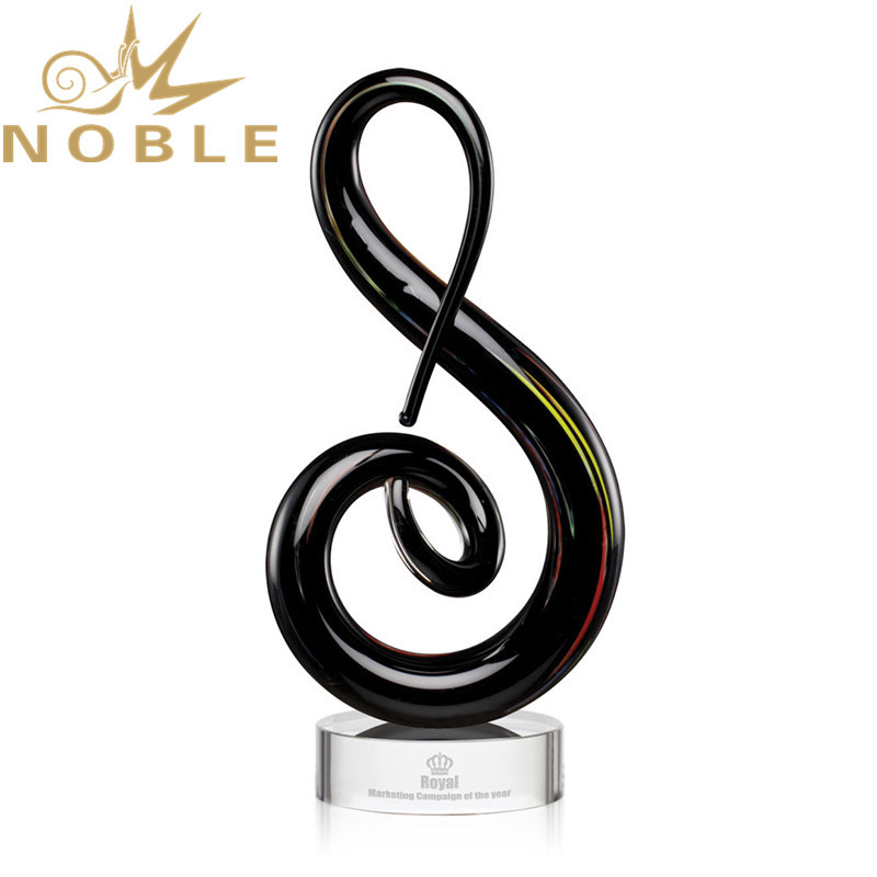 Noble High Quality Home Decoration Hand Blown Art Glass Award