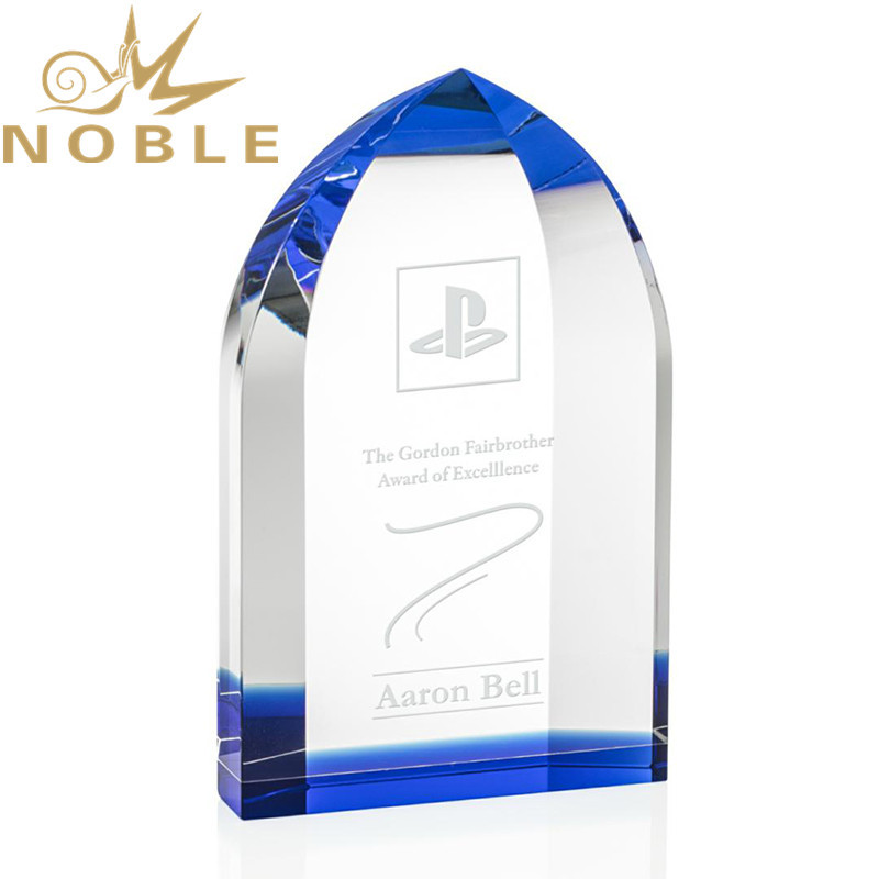 Free Engraving High Quality Custom Optical Crystal Trophy with Blue Accent