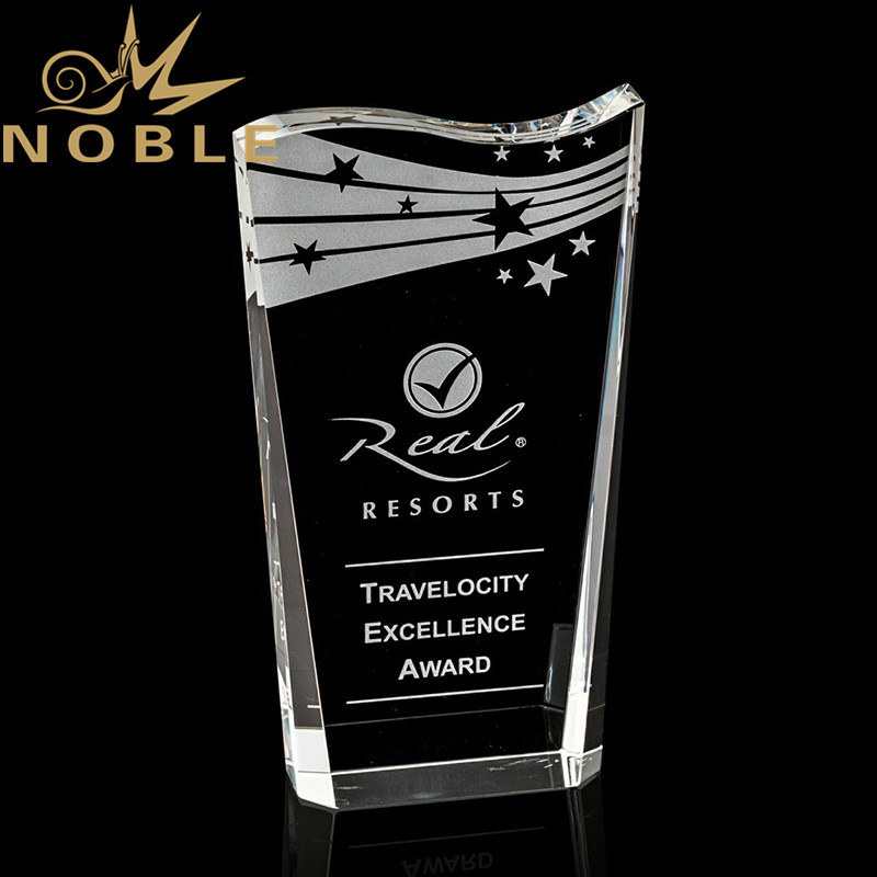 Noble High Quality Optical Crystal Wedge Award with Deep Beveled Sides