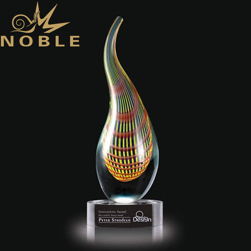 Noble High Quality Custom Engraving Hand Blown Art Glass Award Trophy