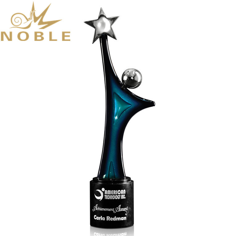 New Design Hand Blown Figurine Custom Art Glass Trophy