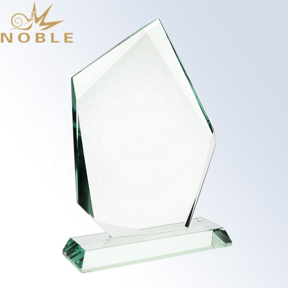 Custom New Design Blank Jade Glass Achievement Palque Award