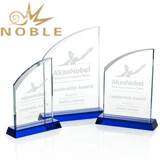 Noble Excellent New Design Optical Crystal Custom Plaque Award with Blue Base