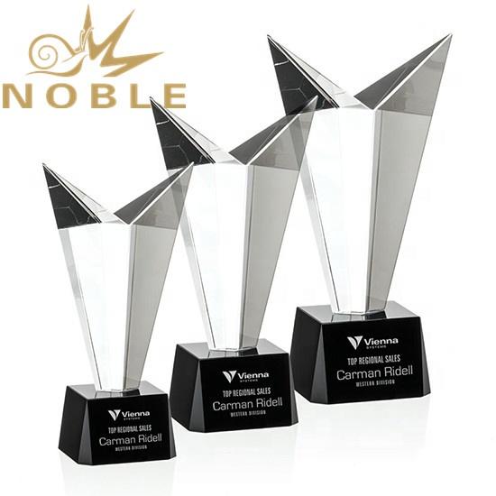 Striking Optical Crystal Award with Free Engraving