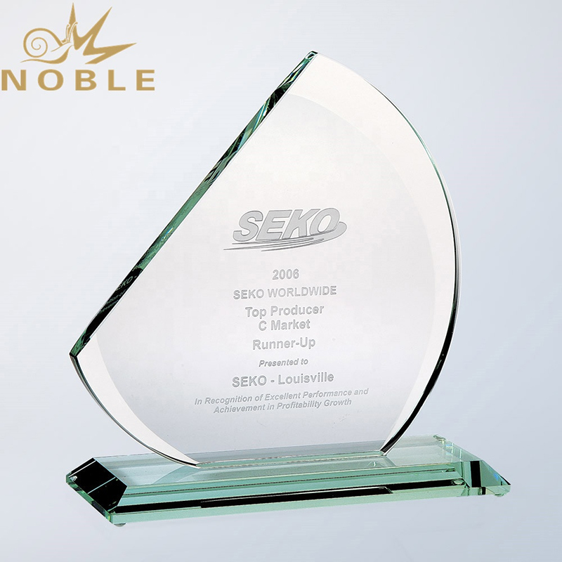 Cheap New Design Custom Glass Award Trophy