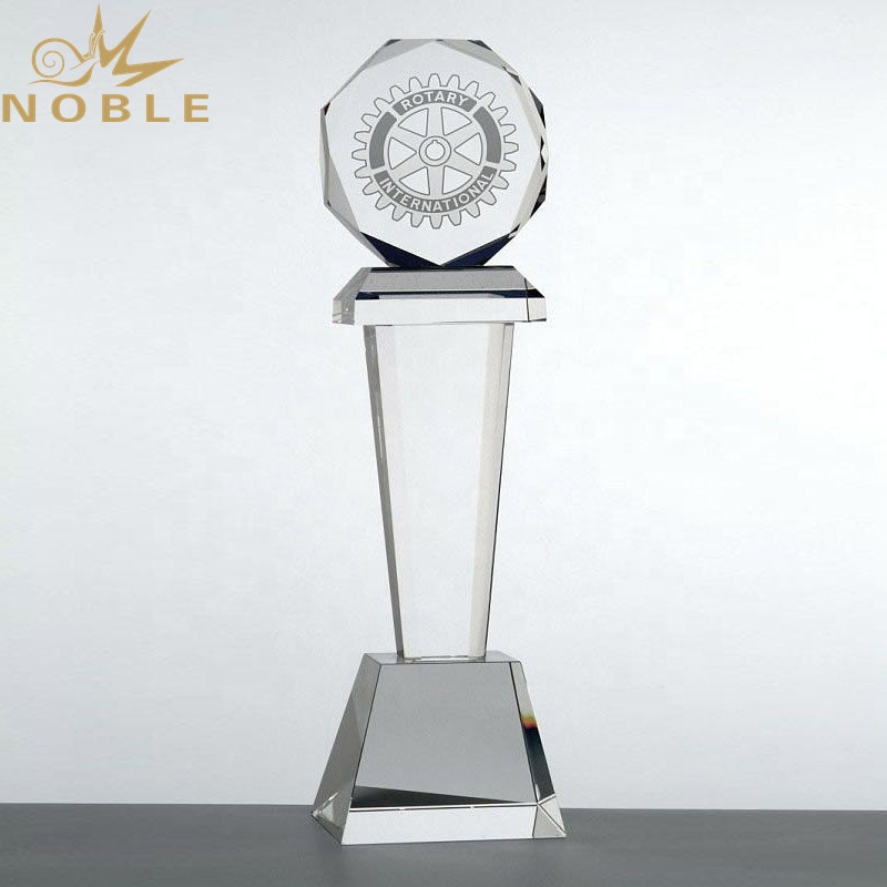 New Design Custom Crystal Tower Trophy with Crystal Octagonal Top