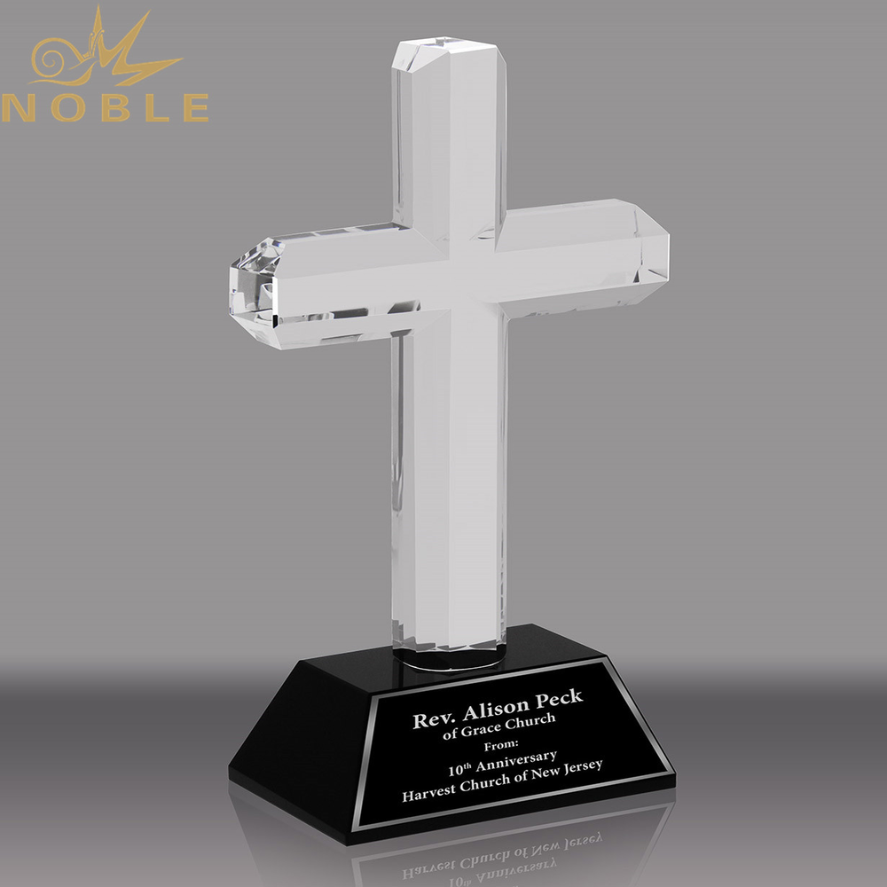 Noble Custom Crystal Cross Award with Black Crystal Base