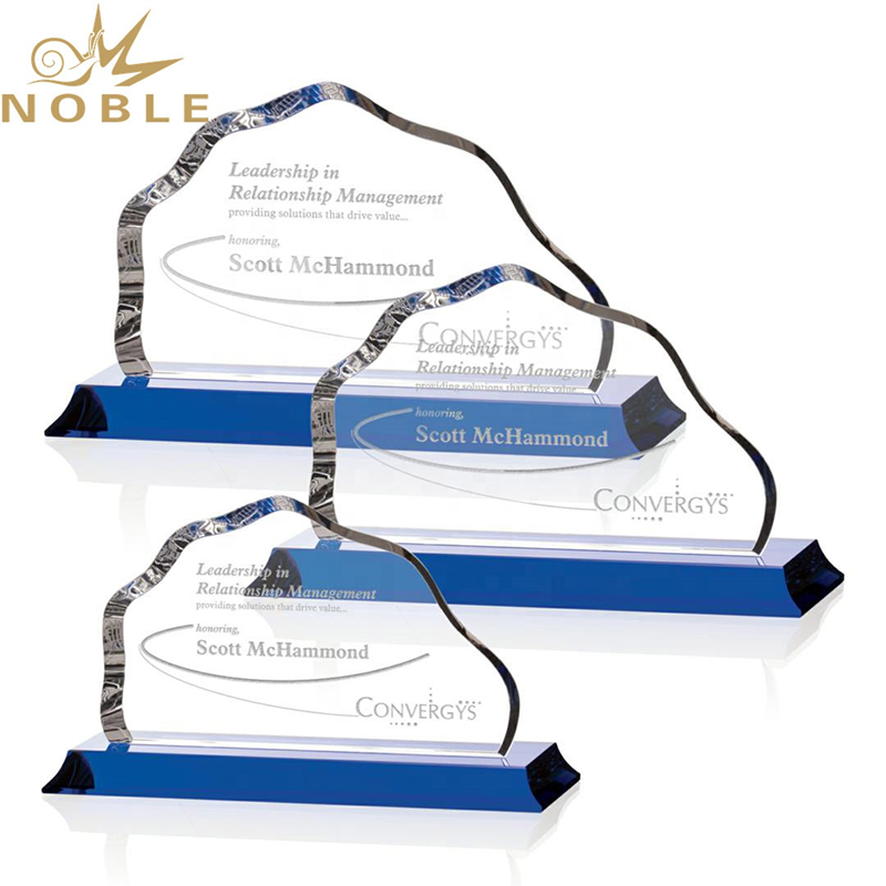 Noble New Design Custom K9 Optical Crystal Mountain Award