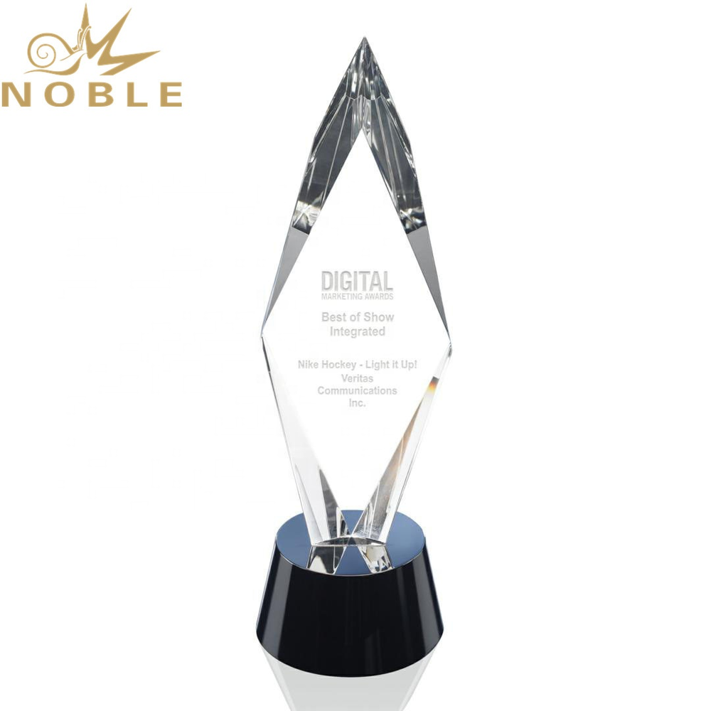 Excellent Design High Quality Custom Crystal Diamond Award Trophy