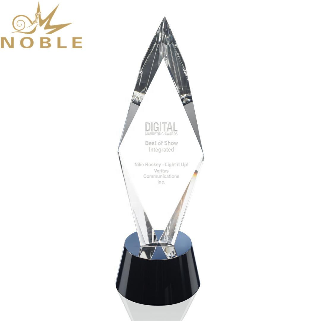 Excellent Design High Quality Custom Crystal Diamond Award Trophy