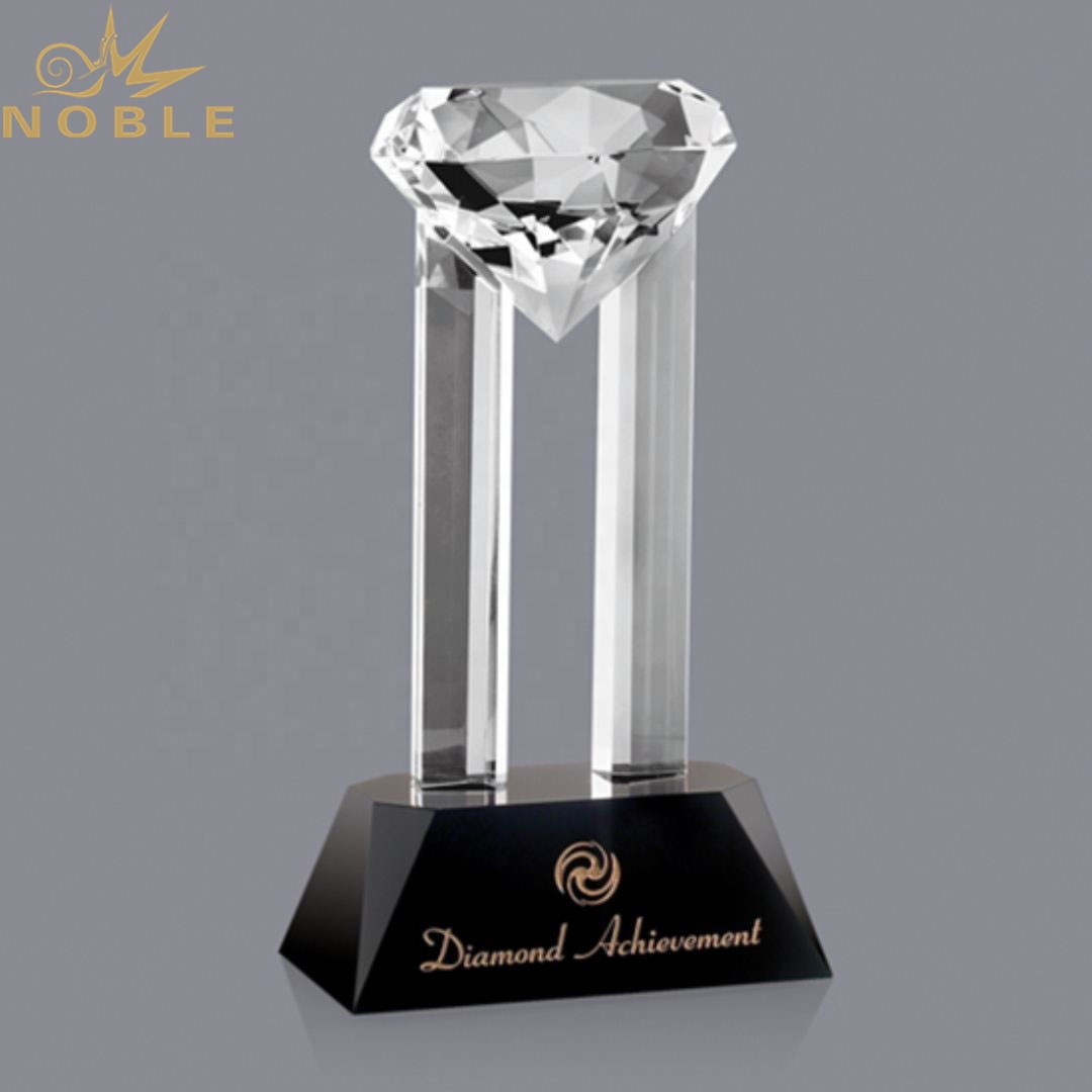 New Design Custom Diamond Crystal Award Trophy