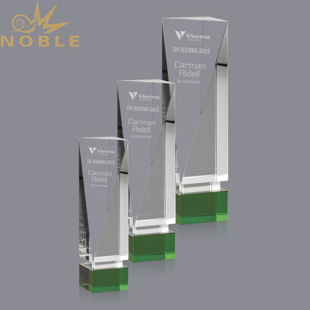 New Design Free Engraving Custom Crystal Block Award with Green Base