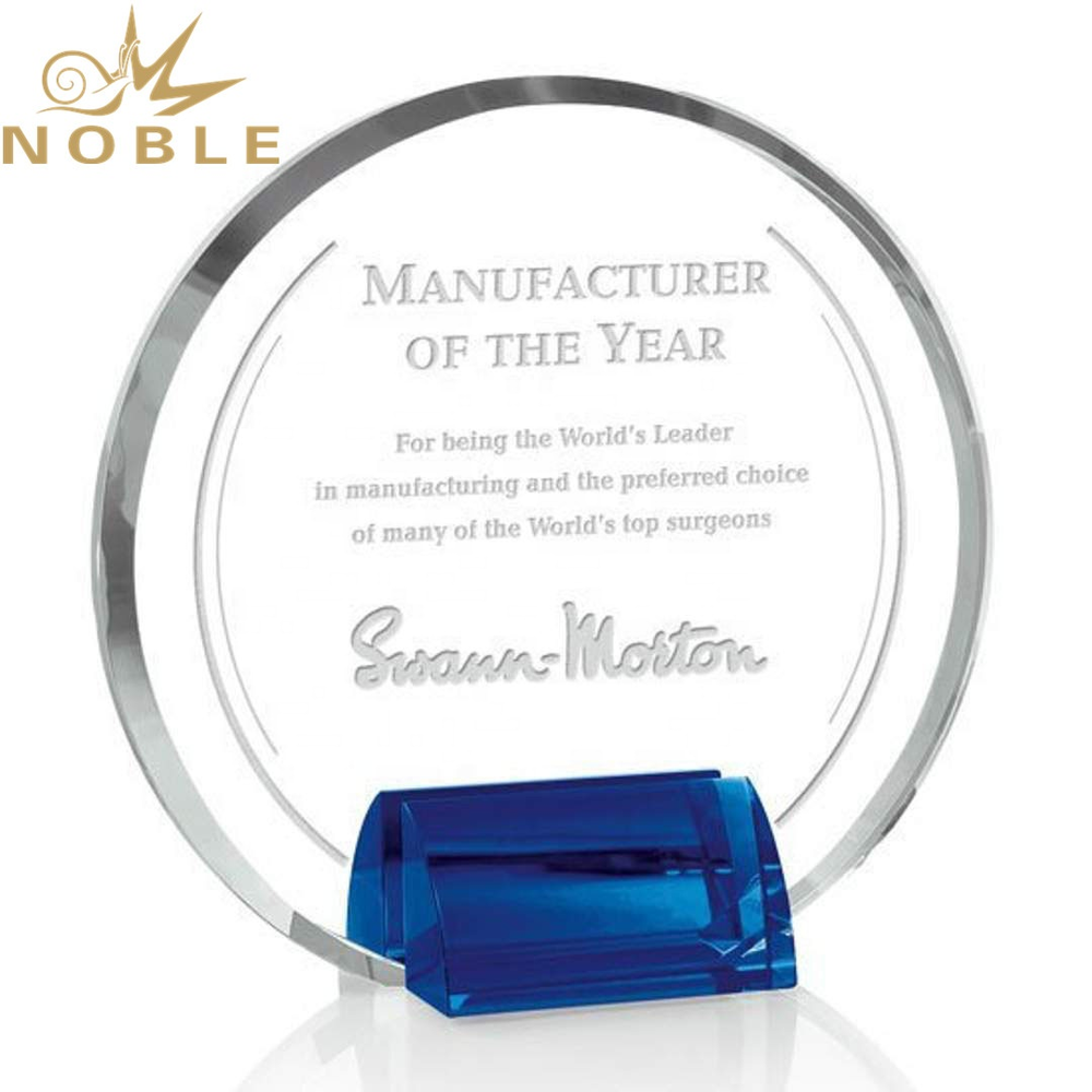 Noble Custom Engraving Round Crystal Plaque Award with Blue Base