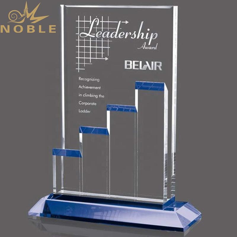 Noble High Quality K9 Crystal Stunning Achievement Award Custom Teamwork Trophy