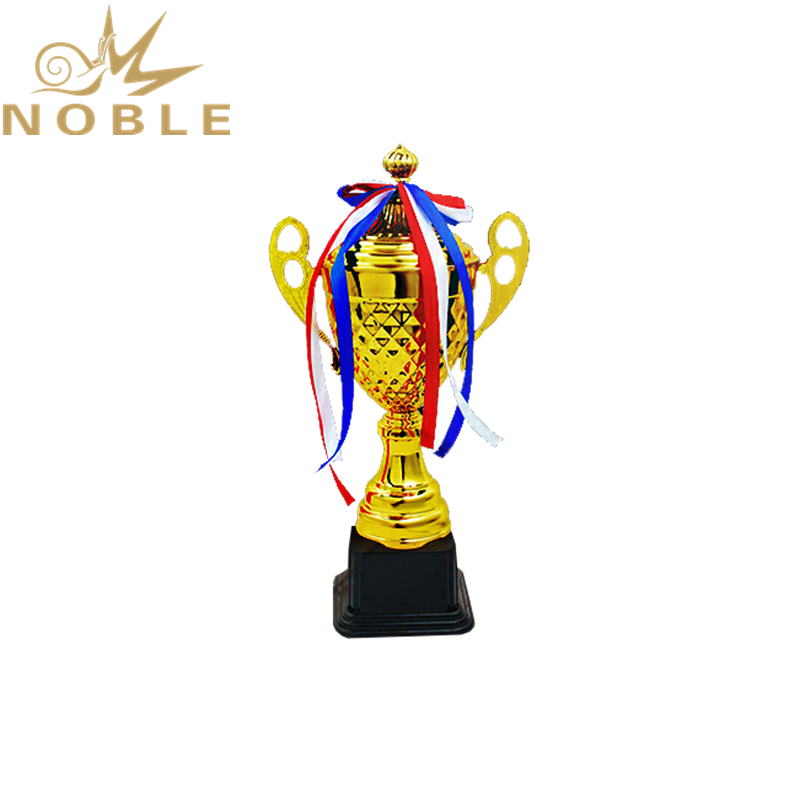 Noble New Design Best Selling Metal Champion Cup Racing Trophy