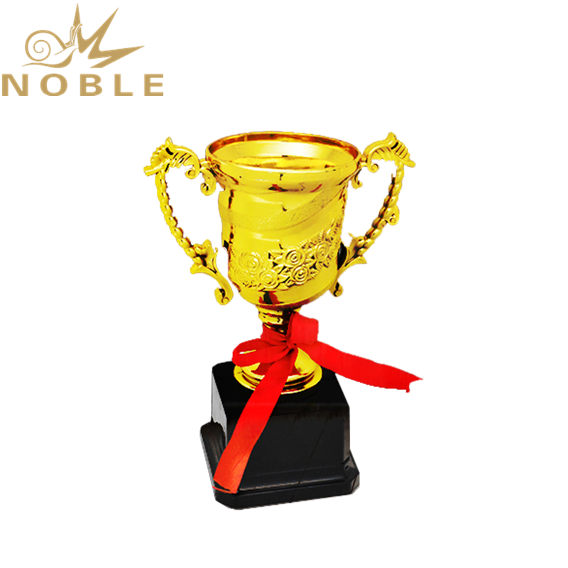 Popular Hot Selling Plastic Sports Cup Trophy