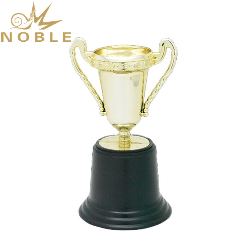 High Quality Cheap Stock Plastic Trophy