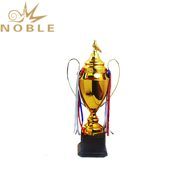 Wholesale Professional Manufacturer High Quality Metal Cup Trophy with Pigeon Figurine