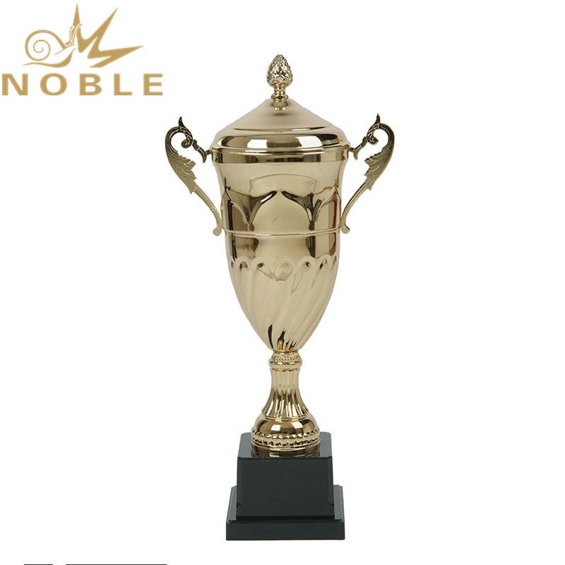 Royal Design Best Selling Metal Achievement Trophy Cups