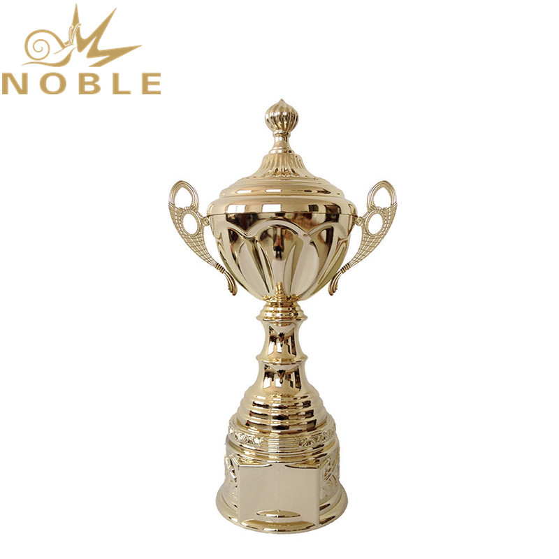 Beautiful Design Custom Logo Metal Cup Cricket Trophy