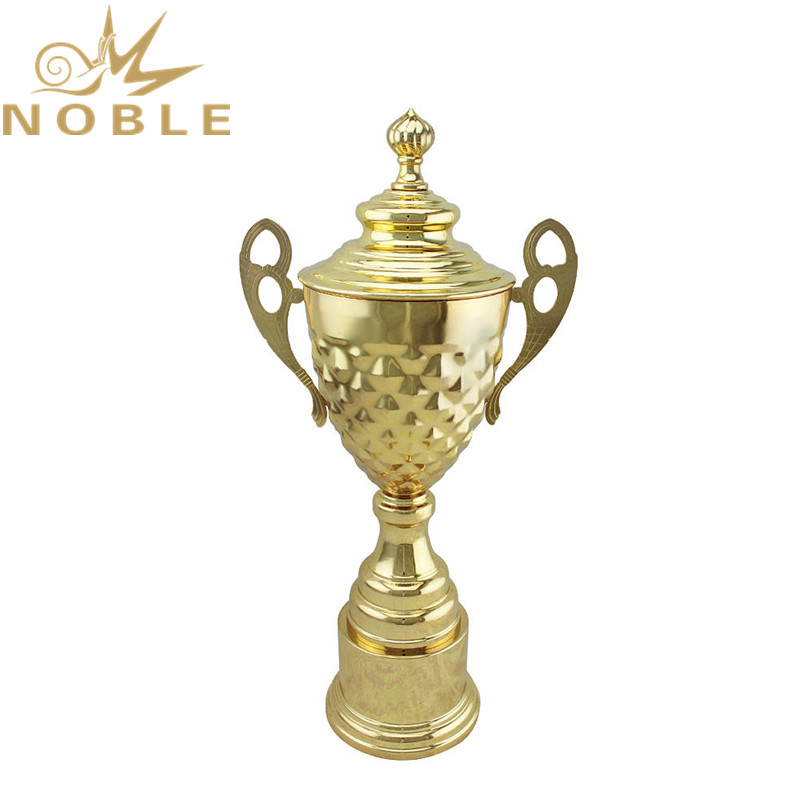 Shiny Gold High Quality Sports Cup Trophy Award for Players