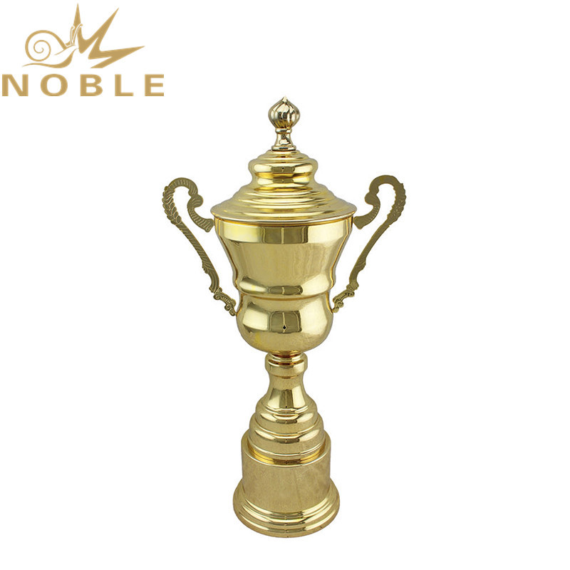 Luxury Design Best Selling Shiny Gold Metal Teamwork Trophy