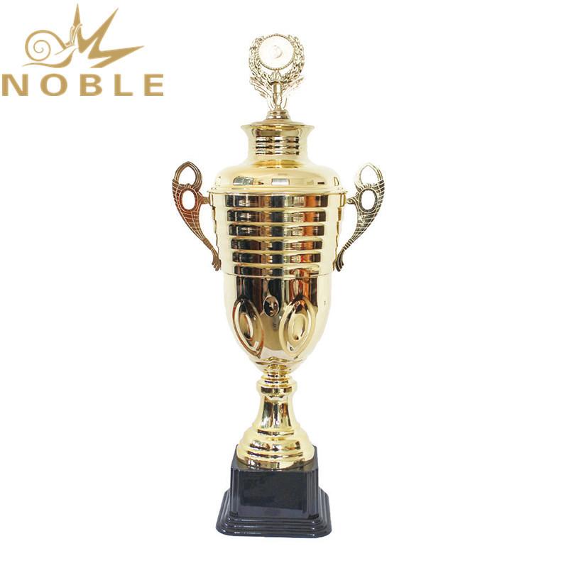 Outstanding Award Metal Achievement Trophy as Souvenir Gifts
