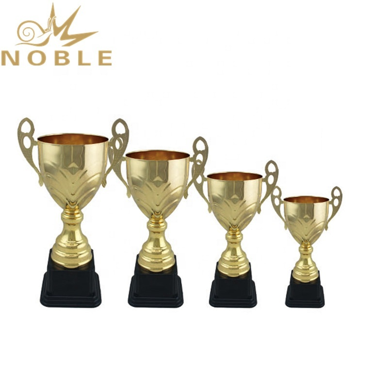 Hot Selling Soccer Sports Cup Trophy