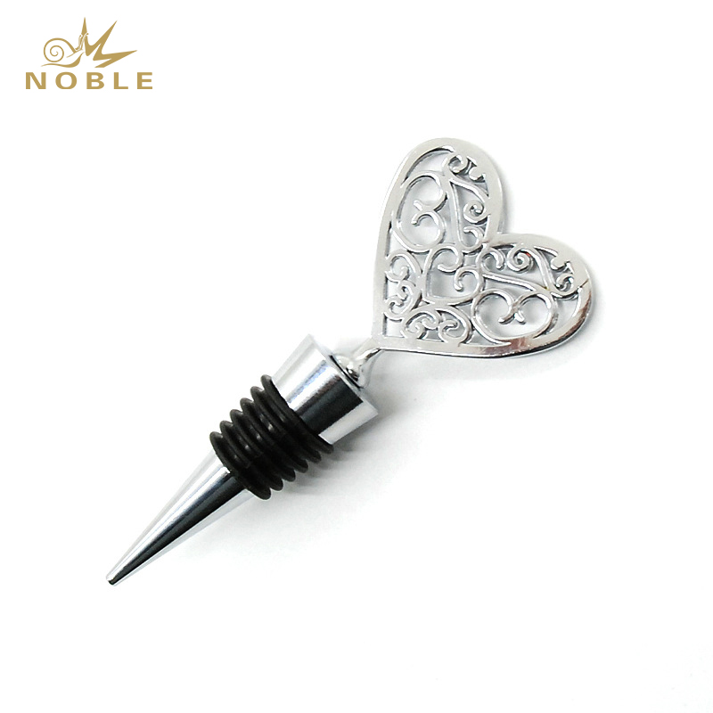 Wine Stoppers Reusable Wine Preserver Craft Wine Condom Bottle Stopper Parts Heart Charm Wedding gifts