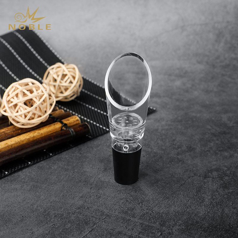 Wholesale Best Selling Portable Bar Accessories Custom Wine Aerator Pourer Bar Tools Wine Accessories Leakproof plug