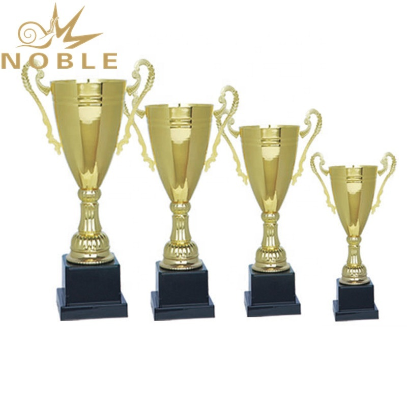 Hot Selling Sports Metal Hockey Cup Trophy