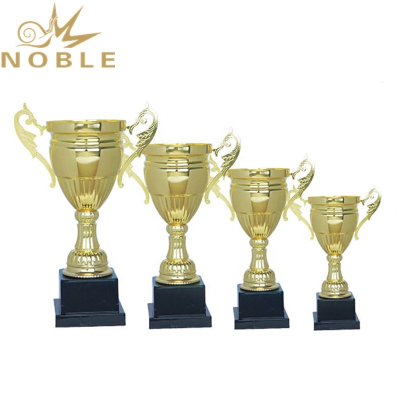 Unique Design Free Logo Printing Metal Cup Trophy for Sports Games