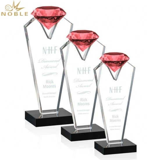 Noble High quality Best selling Red Crystal Diamond Trophy