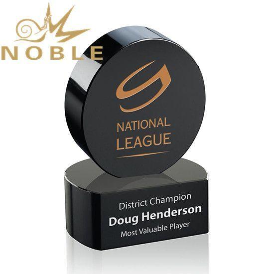 Noble custom sports Crystal Hockey Puck Award