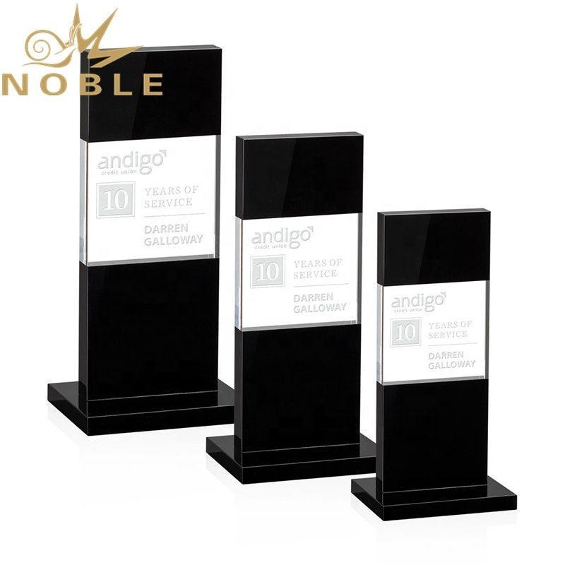 Noble new design free engraving black crystal plaque custom award