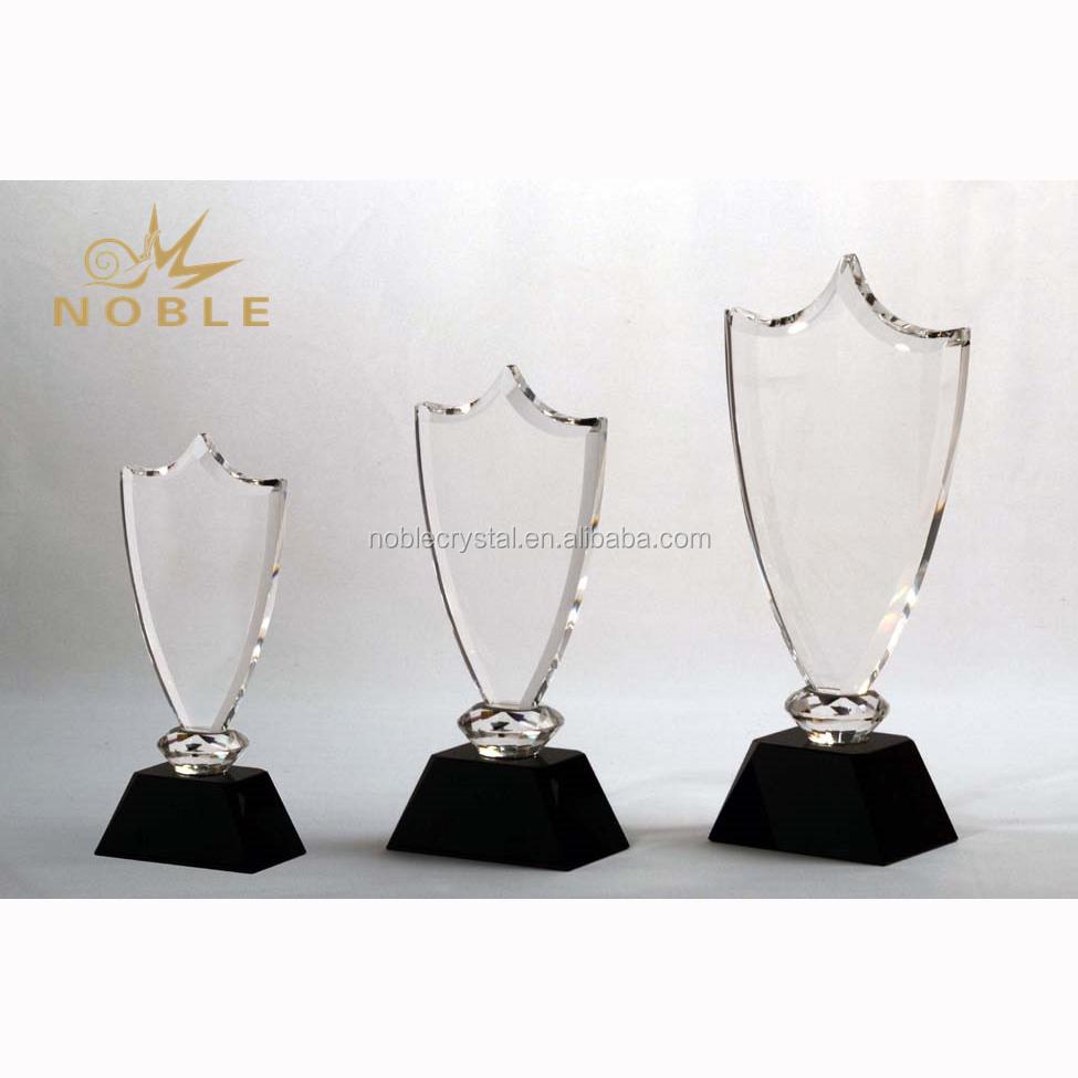 Noble Transparent Crystal Trophy Crystal Shield Award Plaque