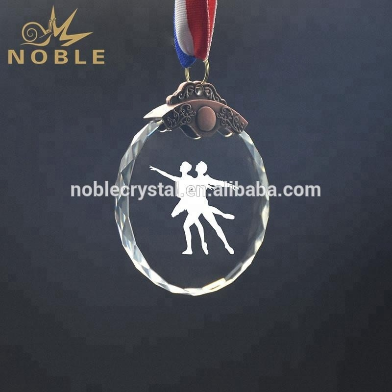 High Quality Custom Logo Elegant Oval Crystal Dancing Medal
