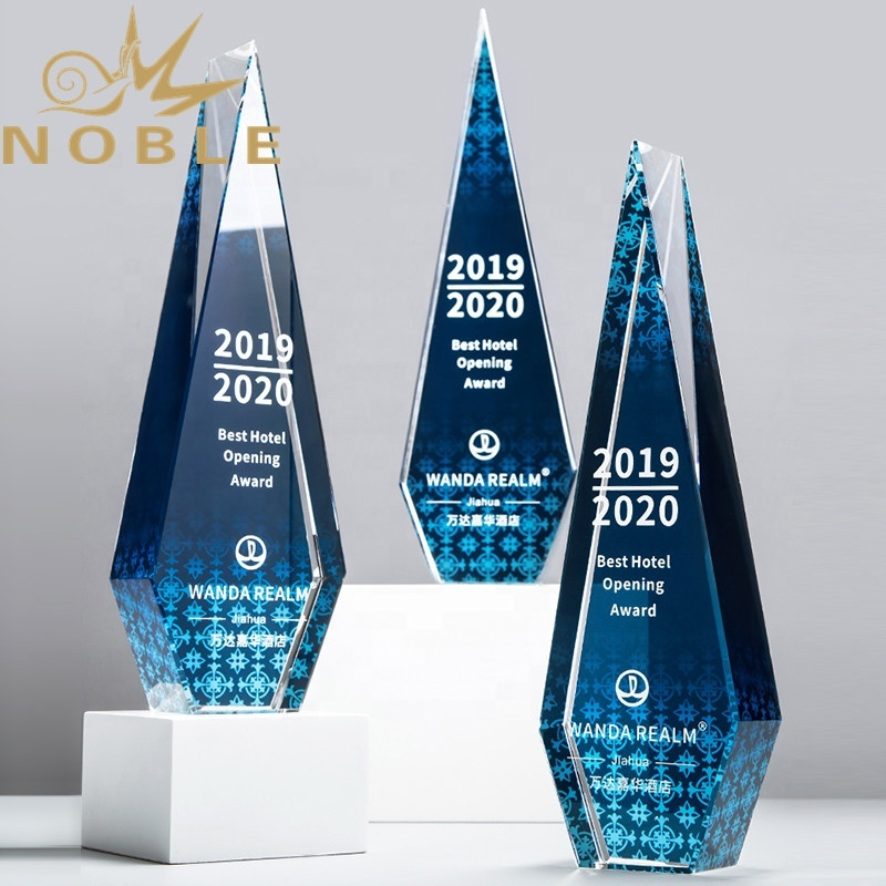 Hot selling new design Popular Custom crystal award trophy with color printing