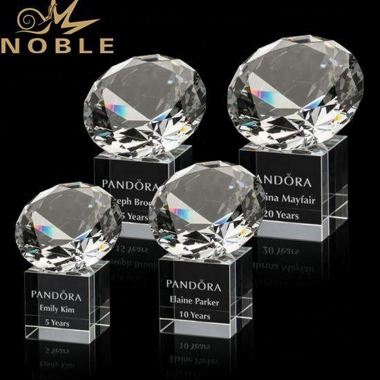 High quality free engraving souvenir gift custom diamond crystal trophy