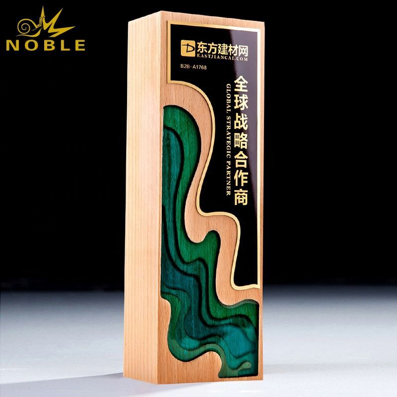Noble new design Custom wooden trophy with custom engraving