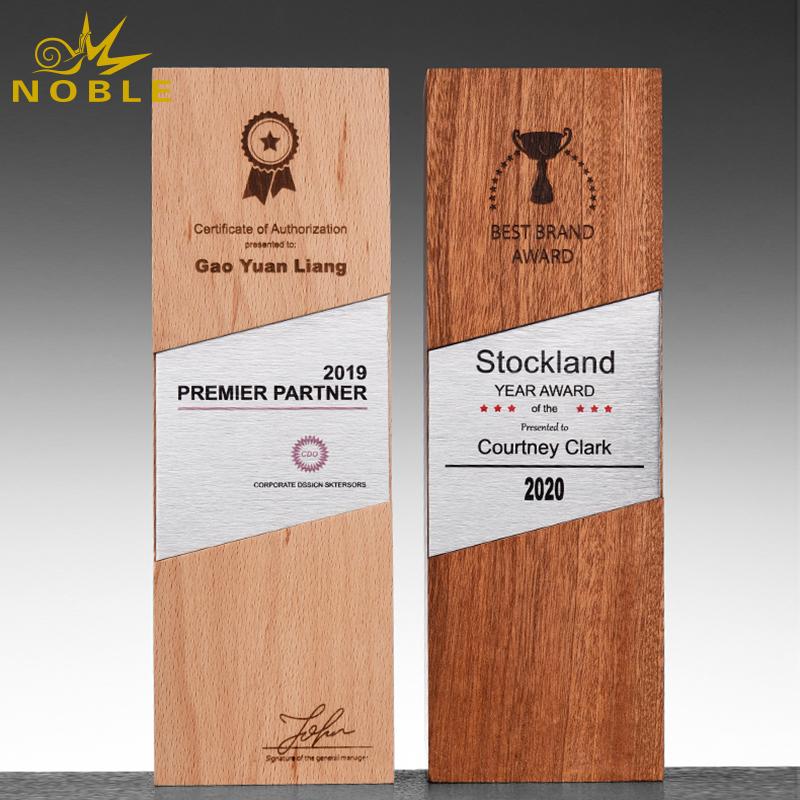 New design Cheap Wholesale Trophy Award Wooden Base Trophy