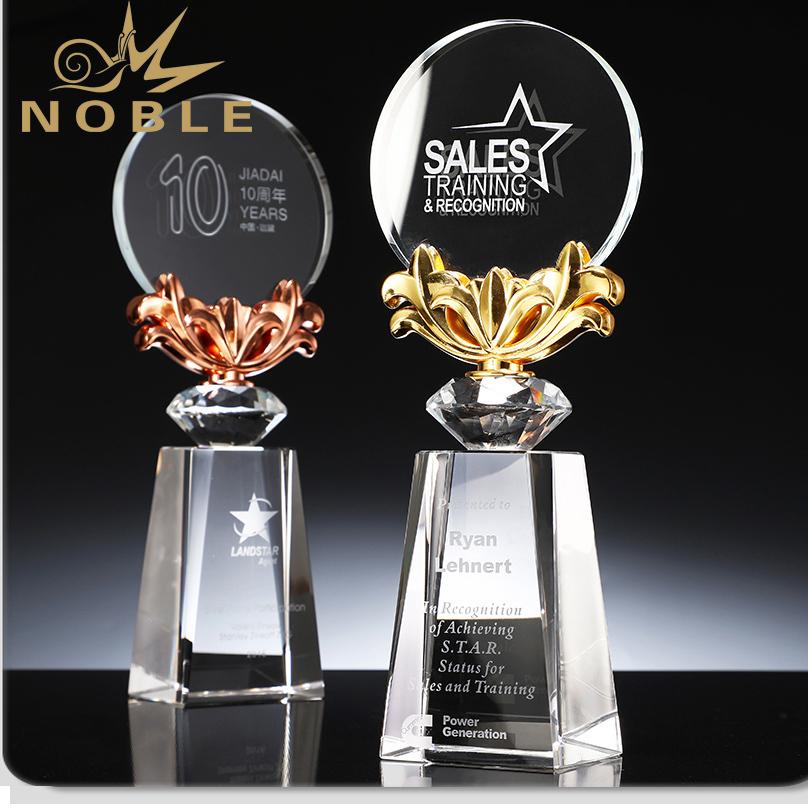Best Selling Custom Diamond Crystal Award Trophy