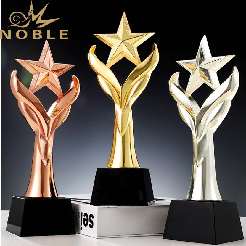 Noble New Design Metal Star Award with Black Crystal Base
